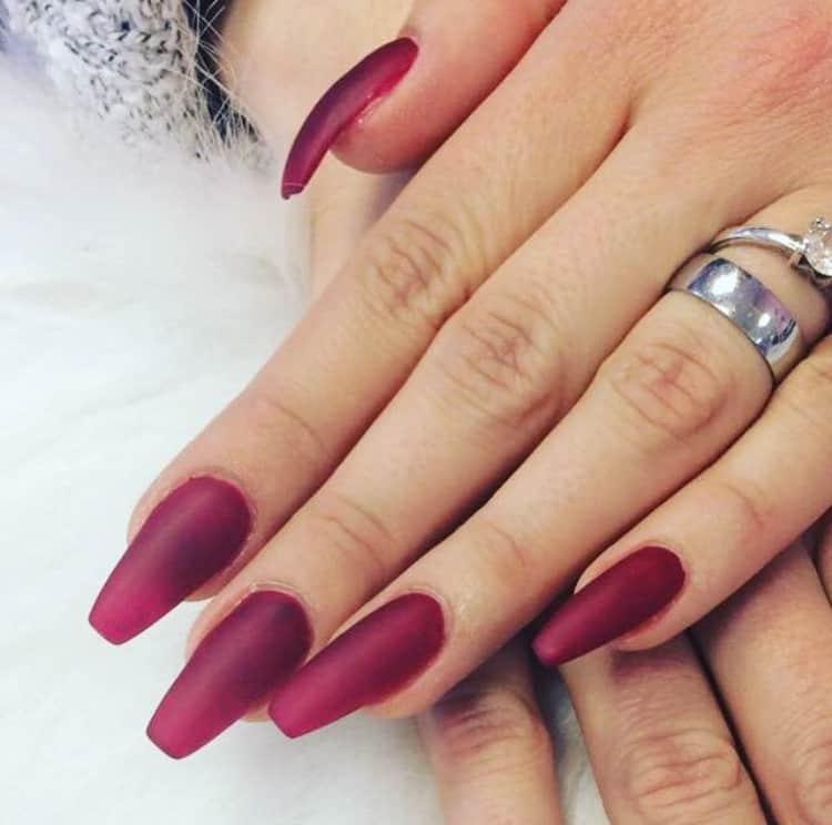 Elegante Nägel zu jede Weihnachtsfeier